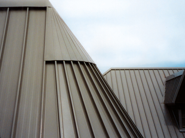 tapered_metal_roof_series300.jpg