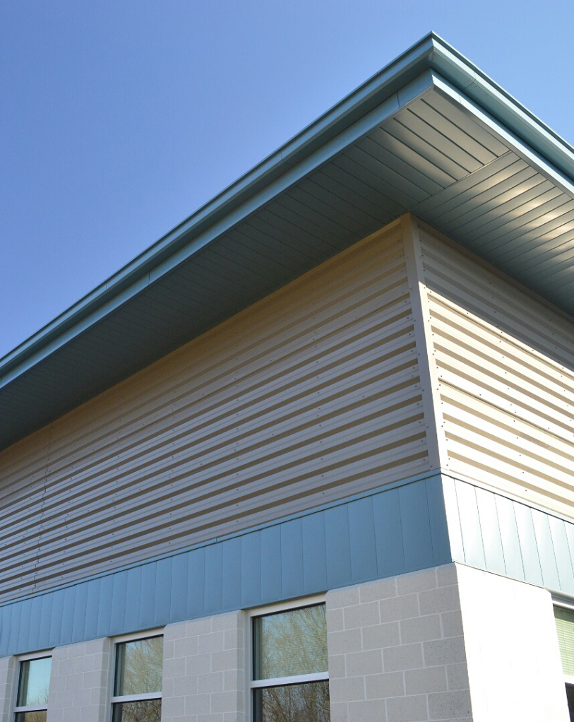 Metal siding. Reliable protection for the walls of a country house 68
